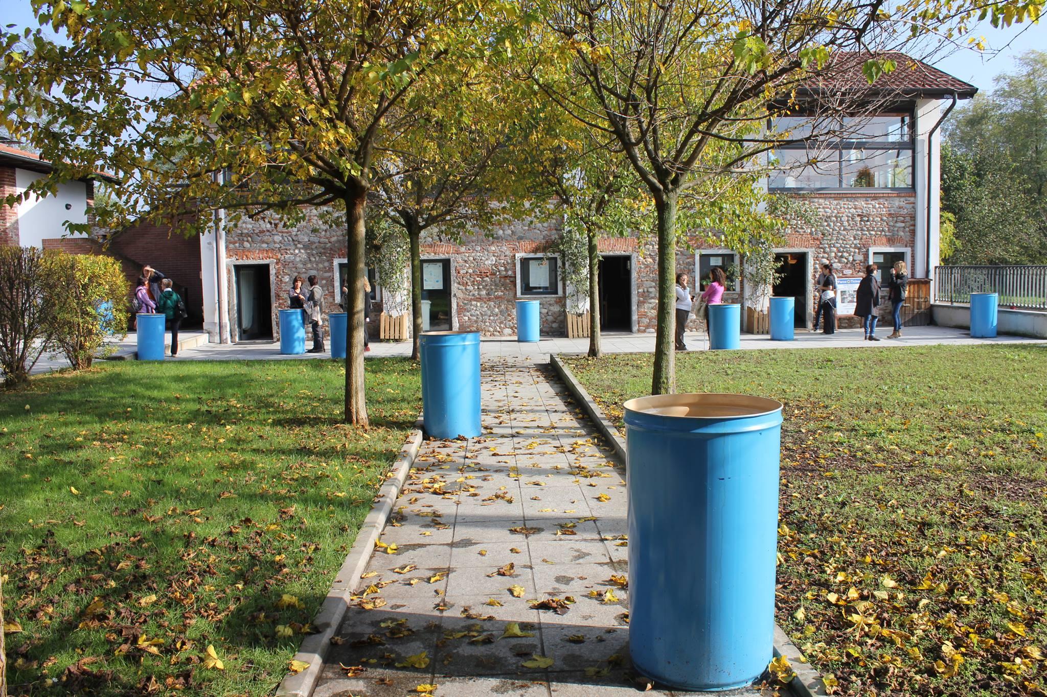 Il cortile del Centro Parco ex Dogana in autunno