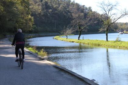 In bicicletta sulle alzaie