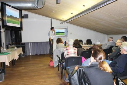 sala_conferenze_monitor