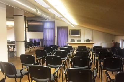 sala_conferenze_secondo_piano